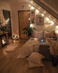 Room Design Bedroom, Room Ideas Bedroom, Small Room Bedroom, Home Decor Bedroom, Lighting Ideas Bedroom, Cozy Teen Bedroom, Bohemian Bedroom Decor, Small Room Decor, Stylish Bedroom