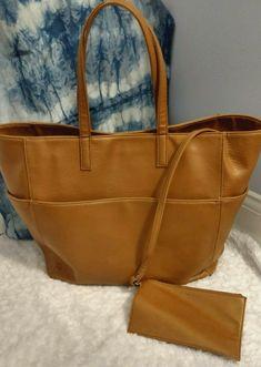 2a0beecd5d1 1317 Best Women s Bags   Handbags images in 2019