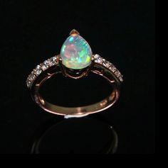 """"""" Сказка"""" кольцо с ярким опалом Эфиопии + ААА - разноцветный,опал,опал натуральный"""