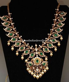 Impeccable designer diamonds and emeralds combination mango mala with fine nakshi peacocks design all over. Emerald Jewelry, Turquoise Jewelry, Gold Jewelry, Jewelry Art, Indian Wedding Jewelry, Bridal Jewelry, Indian Bridal, Bridal Accessories, Indian Jewellery Design