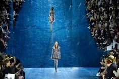 The 10 Things Everyone Was Gossiping About at London Fashion Week - Mirror, mirrors on the wall… Photo: Getty Images.