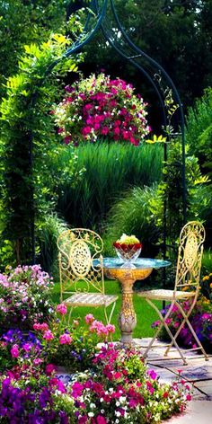 Bright and cheery in the garden. Birdbath table