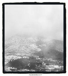 Nieve y niebla en la sierra de Madrid.