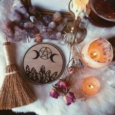 home decor moon etsy Witch crystals witchcraft handmade Goddess Spiritual altar … – spiritualityaestheti Wicca Altar, Autel Wiccan, Magick, Wicca Witchcraft, Wiccan Magic, Witch Craft, Witch Decor, Modern Witch, Witch Aesthetic