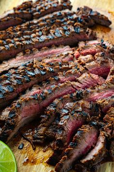 Korean Style Grilled Flank Steak Summer Grilling Recipes, Spring Recipes, Ice Cream Deserts, Steak Dinner Sides, Infused Water Recipes, Dinner Menu, Dinner Ideas, Skirt Steak