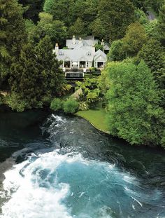 top 10 resorts in the world: Huka Lodge , The resort is located in Taupo in New Zealand Oh The Places You'll Go, Places To Travel, Places To Visit, Travel Pics, Travel Destinations, Dream Vacations, Vacation Spots, Huka Lodge, Wonderful Places
