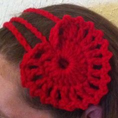 Crochet heart valentines day headband.