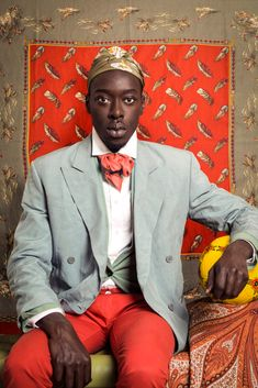 photo africaine : Omar Victor Diop, Project Diaspora What This Continent has gone through is unfatomable. African Men, African Fashion, African Style, Ankara Fashion, African Attire, African Dress, Portrait Photography, Fashion Photography, Black Panthers