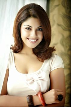 Richa Gangopadhyay Stills and Images - Tamil actress photos-pictures & images of Tamil actors-TamilQueens Richa Gangopadhyay, Bikini Images, Tamil Actress Photos, Indian Girls, Indian Beauty, Indian Actresses, Hot Girls, Bollywood, Beautiful Women