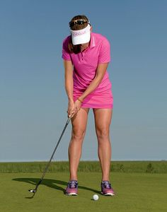Hitting It Solid shares with Australian Golf Digest and professional Brittany Lang show you how to become a great putter. Golf Books, Golf Score, Golf Putting Tips, Golf Chipping, Best Golf Courses, Golf Instruction, Golf Tips For Beginners, Golf Exercises, Golf Training