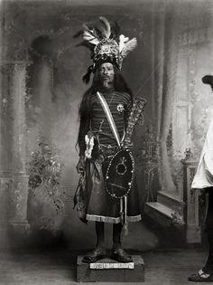 ROMUALDO GARCÍA Guanajuato, Guanajuato, México, ca. 1910. Fototeca Romualdo García/Museo Regional de Guanajuato