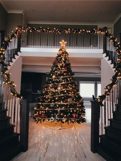 #winter #christmas #christmastree #christmasdecor #seanabeauty Noel Christmas, Christmas Mood, Double Staircase, Black Staircase, Christmas Staircase, Stay Gold, Wonderful Time, Holiday Lights, Christmas Lights
