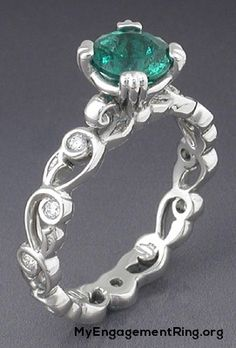emerald engagement ring - My Engagement Ring
