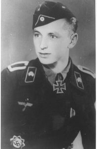 ✠ Hermann Eckardt (October 4th, 1920 - September 16th, 2010) RK 28.03.1945 Feldwebel Zugführer i. d. 1./Pz.Abt 8 20. Panzer-Grenadier-Division