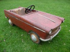 Extremely Rare 1960s Peugeot 404 Pedal Car Barn Find - http://www.ebay.co.uk/itm/Extremely-Rare-1960s-Peugeot-404-Pedal-Car-Barn-Find-/371010377361?_trksid=p2054897.l4275