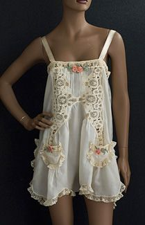 3bce558fb14e5b Va Va Voom Vintage  Why We Love it and Where to Get it