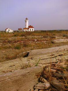 lPoint Wilson Lighthouse, Port Townsend, Washington |