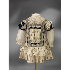 England, Great Britain (made)  Date: ca. 1885 (made) Materials and Techniques: Printed silk, muslin, machine made lace, velvet