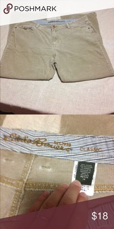 Eddie Bauer Cords 14 petite Excellent used condition- smoke free w - no stains or rips Eddie Bauer Pants Boot Cut & Flare