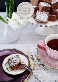 Classic and charming details. #breakfast #decor #design #romantic #casadevalentina