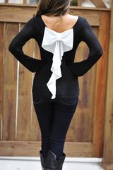 White bow shirt, girly and adorable Fashion Mode, Fashion Beauty, Womens Fashion, Street Fashion, Fall Winter Outfits, Autumn Winter Fashion, Fall Fashion, Little Presents, Bow Tops