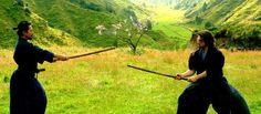 Seguidores do Bushido, um código de conduta que preza pelos valores morais elevados, os samurais viveram no Japão feudal e especula-se que os primeiros ten