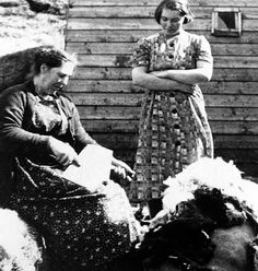 Tour Scotland Photographs: Old Photograph Crofter Carding Wool Isle Of Skye Scotland