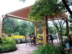 simplistic pergola, but I want a sail shade instead