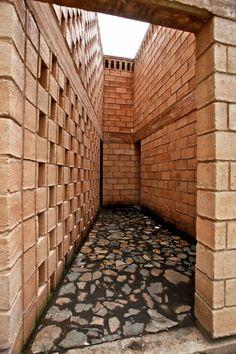 En Detalle: Celosía de Blocks / Refugio Ruta del Peregrino, Luis Aldrete (2)
