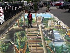 Present Paintings street art Chalk illustrations by Julian Beever and Kurt Wenner Sidewalk Chalk Painting MINHAU sidewalk chalk art. Amazing Street Art, 3d Street Art, Street Art Graffiti, Amazing Art, Awesome, 3d Sidewalk Art, 3d Street Painting, Painting Art, Paintings