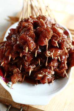 Indonesian sate or sate. Sate is marinated meat skewered on sticks grilled to perfection and served with sauce. Easy sate babi and sate ayam recipe by Rita. Dutch Recipes, Pork Recipes, Asian Recipes, Chicken Recipes, Cooking Recipes, Ethnic Recipes, Tilapia Recipes, Indonesian Cuisine, Recipes