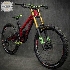 Would you change anything on this sick Norco Aurum HSP build by ? Mt Bike, Road Bike, Bici Retro, Montain Bike, Electric Bike Kits, Cycling Bikes, Cycling Art, Cycling Jerseys, Downhill Bike