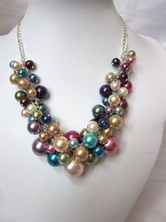 Multi-color Pearl Cluster Necklace.