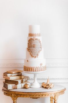 Pure romance that will make you weak in the knees due to its endless, soft modern romance wedding inspiration overload. White And Gold Wedding Cake, Luxury Wedding Cake, Luxe Wedding, Cool Wedding Cakes, Elegant Wedding Cakes, Wedding Cake Designs, Wedding Shoot, Wedding Vendors, Wedding Blog