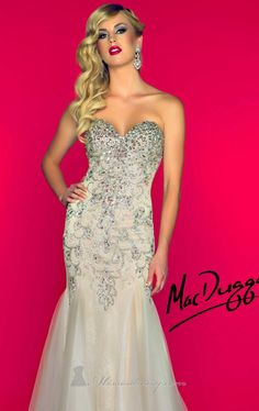 Look glamorous in Mac Duggal Black White Red 81719r. An elegant fit and flare gown which features a strapless bodice with a sweetheart neckl...