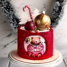 Нет описания фото. Christmas Cake Designs, Christmas Cake Decorations, Christmas Sweets, Holiday Cakes, Cake Decorating Set, Birthday Cake Decorating, Bird Cakes, Cupcake Cakes, Patisserie Design