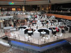 Aantrekkelijke winkelcentra combineren winkelen met horeca, beleving en een sfeervol aanzicht.