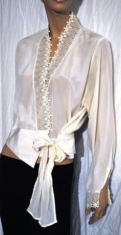 d9281f8495da Woman Shirt Silk Silk Blouse Shirt ivory white Laces Blended macramé lace  Vintage Anni 80   size 46