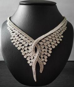 The necklace is something else isn't it! #AaryaJewelry  #DiamondNecklace #GoldNecklace #JustForHer #ForYou #Forever #DiamondsAreForever #Luxury #LuxuryJewelry #Jewellery #Necklace #Bespoke #WhiteGold #18K #ForHer #DiamondJewelry #GoldJewelry #Sparkles #Love #Fashion #LuxuryLifestyle #luxuryfashion #diamond #finejewelry #roundbrilliant