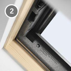 Okno dachowe z górnym otwieraniem Standard Plus
