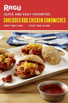 Summer is here and RAGÚ pasta sauce is ready to help create your seasonal favorites. How delicious do these Shredded BBQ Chicken Sandwiches sound? Enjoy them out on the patio this weekend.