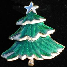 "THICK GOLD TONE WHITE GREEN ENAMEL SNOW CHRISTMAS TREE PIN BROOCH PENDANT 2"" #Unbranded"