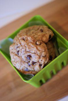 Sarah Bakes Gluten Free Treats: gluten free, dairy free chocolate chip cookies