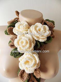 Silvia Gramani Crochê: Cordão de Rosas em Crochê - Cordão Madeleine