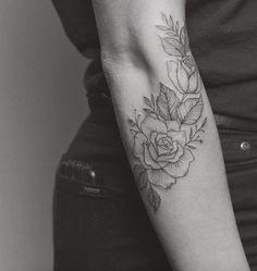 Estas linhas finas rosas http://tatuagens247.blogspot.com/2016/09/fabuloso-feminino-tatuagem-de-ideias-de.html