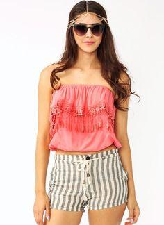 ruffled crochet tube top Tube Top Outfits, Spring Summer Fashion, Fashion Forward, Style 2014, Tube Tops, Short Shorts, My Style, Lady, Womens Fashion