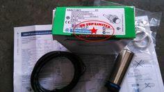 95.00$  Buy here - http://ali39k.worldwells.pw/go.php?t=32281405108 - XSAV11801 XSA-V11801 Applied Proximity Switch Rotating speed monitor original New 95.00$