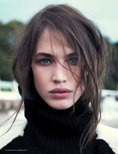 tousled hair + muted make-up.