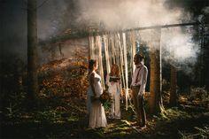 shooting d'inspiration mariage - Thème bohème organic | Photographe :  Zéphyr et Luna | Donne-moi ta main - Blog mariage  #CérémonieLaïque #Mariage #forêt