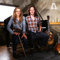 Mandolin Orange are a two-piece band from Carrboro, NC who write peppy roots music with strong vocal harmonies. Americana Music, Mandolin, Waves, Orange, Singers, Musicians, Stars, Tv, Beautiful